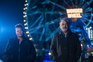 The Equalizer - Behind the Scenes - queen Latifah and Chris Noth