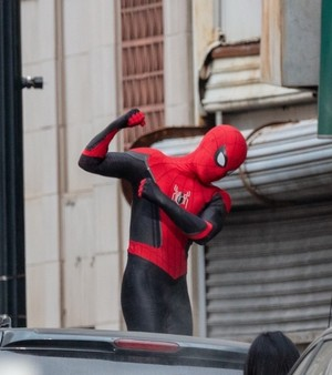 Tom Holland on the set of Spider-Man 3 || January 16, 2021