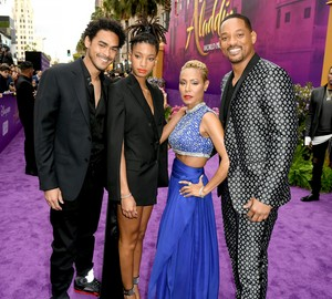 Will Smith And His Family 2019 Disney Film Premiere Of Aladdin