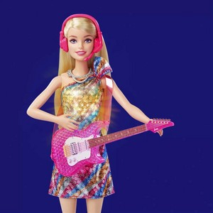 Barbie: Big City, Big Dreams - Malibu Барби Doll