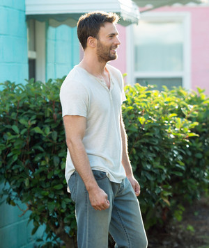 Chris Evans as Frank Adler in Gifted (2017)