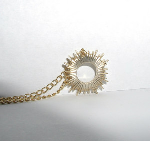 Sunburst collier