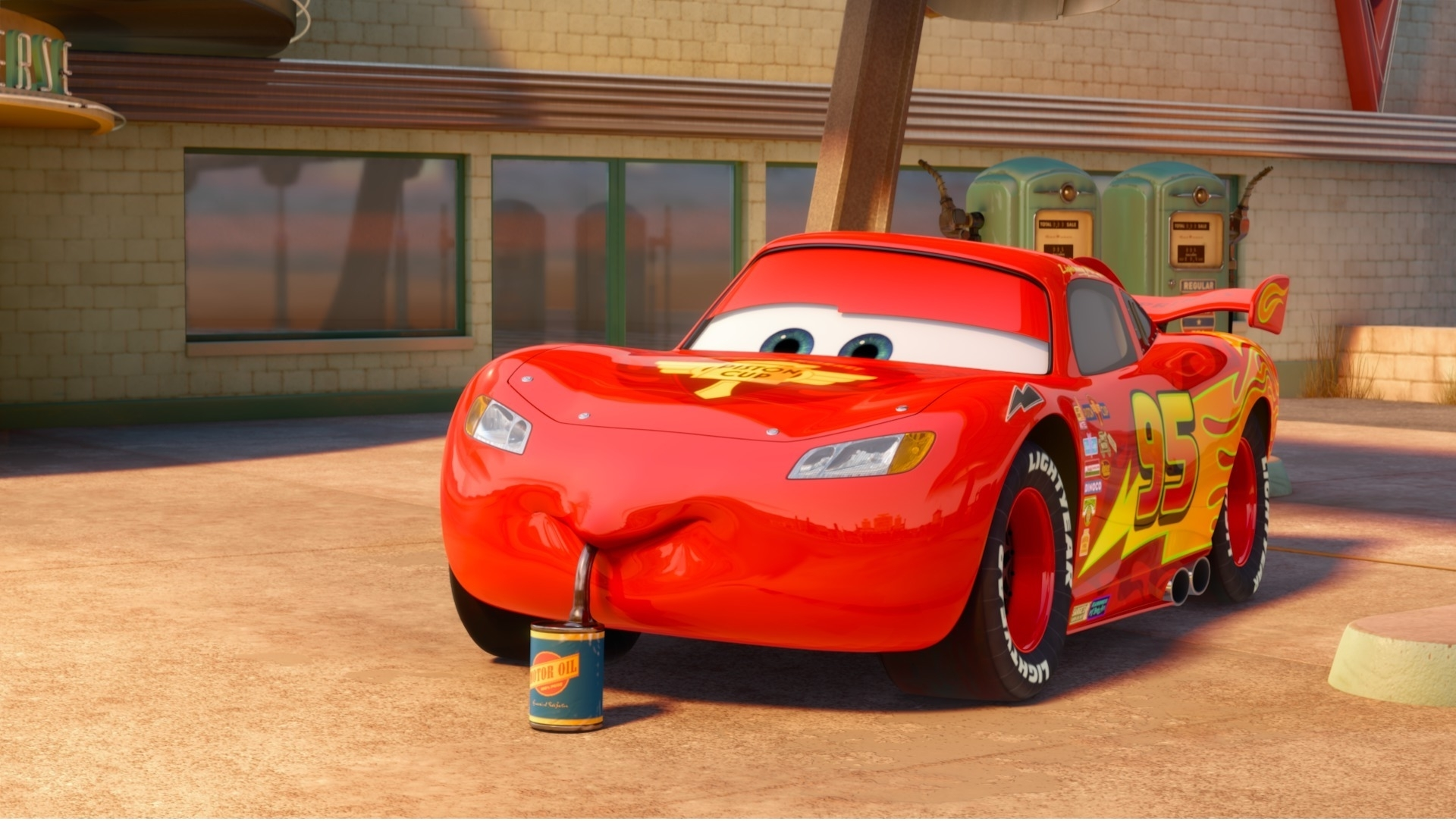 which paint job of lightning mcqueen do 당신 like best