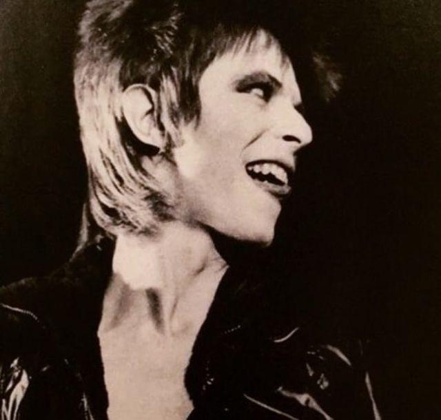 let me go链接_Fave Bowie documentary? - 大卫·鲍伊 - 潮流粉丝俱乐部